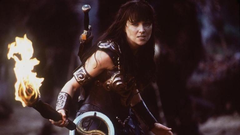 lucy-lawless-xena-warrior-princess-xena_3474246.jpg